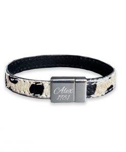 Armband met koeienhuid met naam