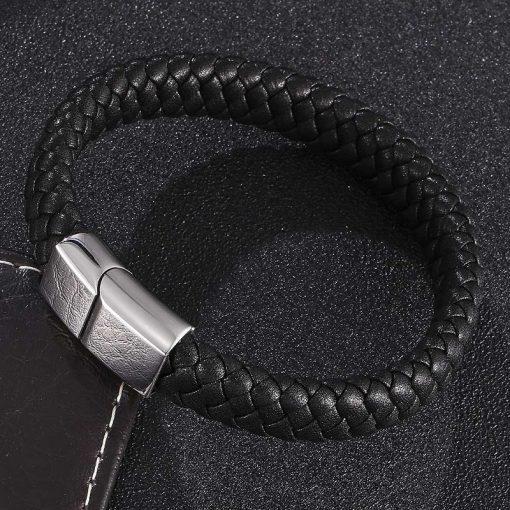 Zwarte leren armband met naam