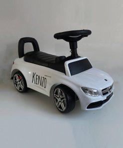 Mercedes-loopauto-met-naam